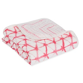 berry shibori silky soft mini dream blanket