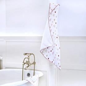 heart breaker muslin backed hooded towel set