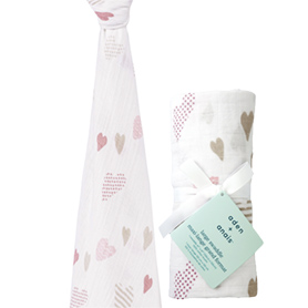 heart breaker - hearts classic swaddle